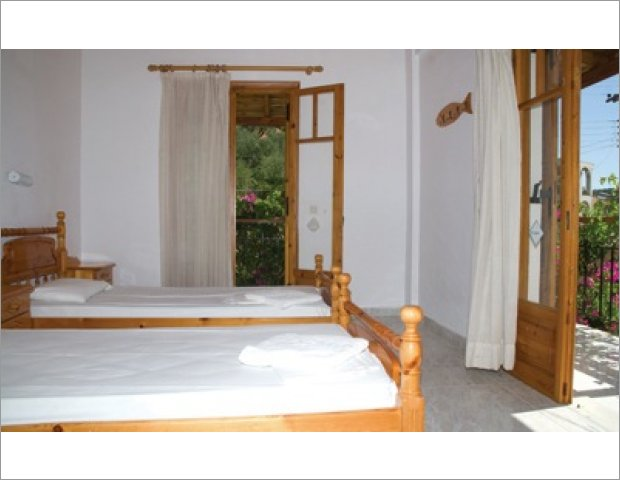 Adonis Studios & Apartments constitutes a quiet, sophisticated, traditional Greek accommodation in Alykanas of Zakynthos.Different from all other major hotel facilities, away from the usual, has nothing to envy to benefits.Excellently located just 5 minutes from the beach and the center of the old Alykanas, you can combine your walk with your shopping. On your way to Alykanas, you will find many mini markets, restaurants,taverns and tourist shops.